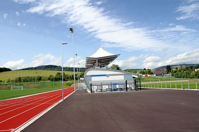 Vejsplachy sports stadium in Vrchlabí: using SPLIT air-water heat pumps
