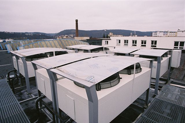Wholesale VRŠÍNSKÝ Ltd. in Prague - Modřany: using SPLIT air-water heat pumps